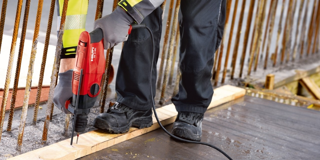 Hilti TE 3-CL hammer drill lasts long under extreme conditions